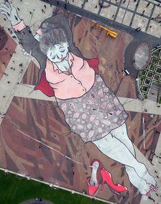 ines_is_dreaming_gigantic_mural_by_french_street_artists_ella_pitr_in_paris_2016_03