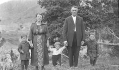 Allen Godby took portraits of residents of various Coal Branch families. From the Godby Family fonds, Siblings, Family Portraits, Photo And Video, Couple Photos, Painting, 1920s, Families, Key, Couple