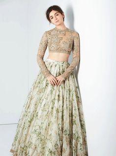 Alia Bhatt (Bollywood Actress)