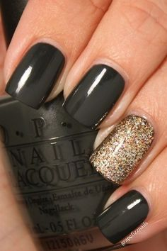 Paint nails black except for ring finger. Paint ring finger with shiny base coat. Before the base coat dries dip your finger in a jar of gold glitter. The square nail shape goes great with the bold black! Frensh Nails, Nails Polish, Hair And Nails, Acrylic Nails, Nail Nail, Nails 2016, Nail Glue, Polish Food, Opi Nail Polish Colors