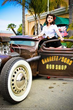 Pin up + hot rod