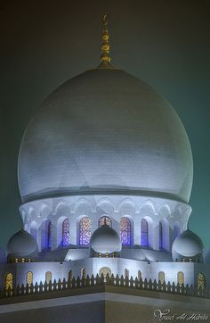 The Sheikh Zayed Grand Mosque, Abu Dhabi, UAE