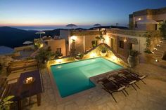 Cressa Ghitonia Sfaka Located in the mountainous village of Sfaka, Cressa Ghitonia features traditional accommodation, an outdoor pool and spa centre. Overlooking the Cretan Sea, Cressa Iris Restaurant serves local specialties and drinks.