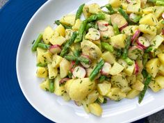Tapas, Food Inspiration, Potato Salad, Side Dishes, Grilling, Picnic, Lunch Box, Food And Drink, Potatoes