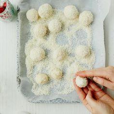 Protein Snow Balls
