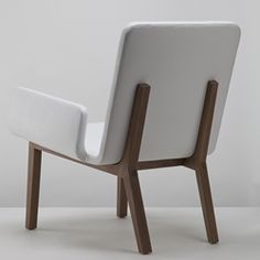 A piece of handcrafted furniture of rare beauty created by California based designer Mo Chiang.