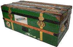 Scheepskist / trunk / luggage / suitcase / vintage http://vonliving.nl/ http://www.vonliving.nl/Webwinkel-Product-17933506/Scheepskist.html#
