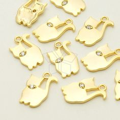 PD775MG / 2 Pcs  Tiny Cat CZ Charm Pendant Matte by beadsmaker, $4.20