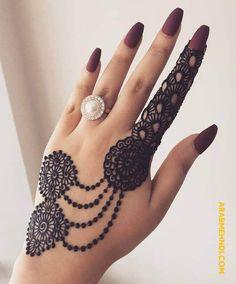 Top Simple Mehendi Designs for 2019 Brides - Bridal Mehndi - Hand Henna Designs Mehndi Designs For Kids, Henna Tattoo Designs Simple, Latest Bridal Mehndi Designs, Mehndi Designs Book, Modern Mehndi Designs, Mehndi Designs For Beginners, Wedding Mehndi Designs, Beautiful Henna Designs, Mehndi Designs For Fingers