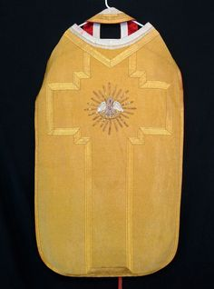CHASUBLE & STOLE Pelican in Piety Roman Priest Vestments - an Ebay listing for a vintage piece.