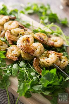 Cilantro Honey Lime Marinade // This simple to throw together marinade requires minimal chopping and all the hard work is completed by your blender. Throw all your juices and spices together, blend, then marinate your shrimp (or other meat of choice). Throw it on the grill and you've got the perfect summertime grilled grub! | Tried and Tasty http://triedandtasty.com/cilantro-honey-lime-marinade/