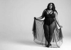 Style 4 Curves --For the Curvy Confident Woman: Amber Riley - All the Deets Plus Size Boudior, Boudior Poses, Amber Riley, Portraits, Confident Woman, Female Models, Women Models, Black Models, Beautiful Black Women