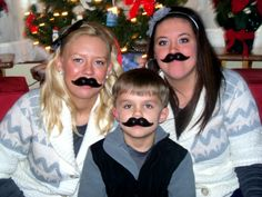 Family Christmas pictures :D