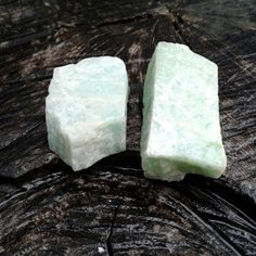 Amazonite ~ Size ~ Smaller stone ~ 28mms Larger stone ~ 34mms Weight ~ 25 grams Quantity ~ 2 Amazonite Crystals total in this set Gorgeous Color All pictures are taken in natural light