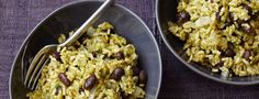 Forks Over Knives : Green Chile Rice with Black Beans - Rice Recipes Plant Based Whole Foods, Plant Based Eating, Plant Based Diet, Plant Based Recipes, Rice Recipes, Mexican Food Recipes, Whole Food Recipes, Vegetarian Recipes, Healthy Recipes