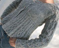 Debbie Bliss's Romy - free pattern on Ravelry la explicación en Vogue Knitting