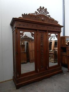 MONUMENTAL CARVED ANTIQUE ITALIAN ART NOUVEAU WALNUT BEDROOM SET ARMOIRE 12IT045