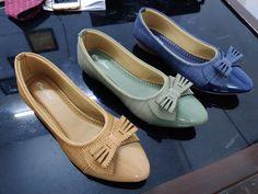 Peach Heels, Silver Wedge Heels, Navy Blue Heels, Silver Wedges, Gladiator Sandals Heels, Wedge Sandals, Leather Sandals, Tolu, Green Flats