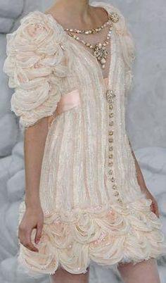 Chanel ~ ♥♥♥♥♥