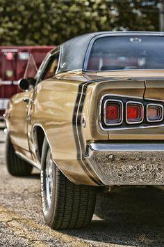 1968 Photograph - 1968 Dodge Coronet Rt by Gordon Dean II