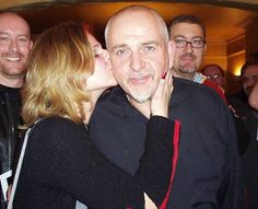 Peter Gabriel gets accosted by a fan