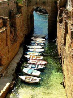 Salento, Italia. www.mediteranique.com/hotels-italy/puglia/