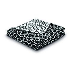 @Overstock - This blanket is inspired by the modernism and Moorish architecture of Barcelona. Geometric designs and cool tones combine with exceptional German craftsmanship to create a warm, breathable everyday blanket.http://www.overstock.com/Bedding-Bath/Bocasa-Cuddly-Casa-Black-Blanket/7026675/product.html?CID=214117 $74.99