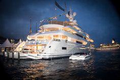 DARIEL DLimo 9.5 t/t Chopi Chopi at the Monaco Yacht Show 2013