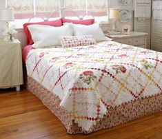 Sweet Retreat Bed Quilt at allpeoplequilt.com   Free pattern download. Many free patterns available at this site.