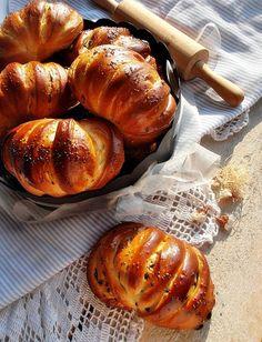 "Illéskrisz Konyhája: ""TOBZOSKA"" Bread Bun, Sweet Bread, Baked Potato, Cookie Recipes, Turkey, Food And Drink, Dishes, Meat, Ethnic Recipes"