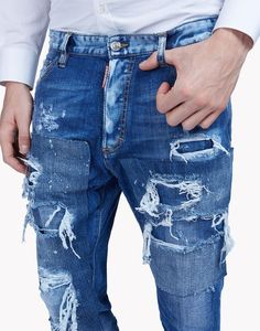 Are you looking for Glam Head Jeans? Discover all the details and shop online on the official store! Ripped Jeans Men, Jeans Pants, Denim Jeans, Black Jeans Outfit, Denim Outfit, Denim Art, Casual Wear For Men, Denim Fashion, High Fashion