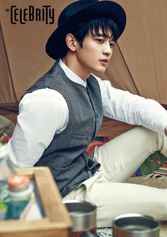 SHINee's Minho joins Park Seo Joon, Go Ara, and ZE:A's Hyungsik in upcoming flower boy historical