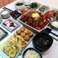 Healthy Korean Recipes, Korean Food, Asian Recipes, Real Food Recipes, Yummy Food, Asian Foods, K Food, Food Porn, Korean Traditional Food