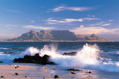 Walk on Table Mountain with HF Holidays on their South Africa Cape & Garden Route holiday #Travel #TableMountain