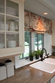 ideas kitchen sink window valance counter tops for 2019 Kitchen Window Coverings, Kitchen Window Valances, Kitchen Sink Window, Bathroom Windows, Kitchen Curtains, Kitchen Windows, Kitchen Window Treatments With Blinds, Window Ledge Decor, Window Ideas