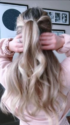 Prom Hairstyles For Long Hair Half Up, Half Pony Hairstyles, Half Up Half Down Hairstyles, Ponytail Hairstyles Tutorial, Easy Hairstyles For Medium Hair, Work Hairstyles, Everyday Hairstyles, Hair Half Up Half Down, Half Up Half Down Hair Tutorial