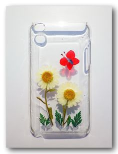 Handmade ipod touch 4 case, Resin with Real Flowers, Pressed flower art