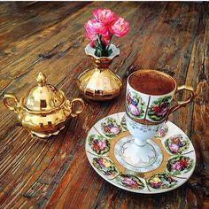 """68 Beğenme, 2 Yorum - Instagram'da Fincan Aşkı  (@1fincanask): """"Afiyet olsun  @birsen_k ❤️ #1fincanask #kahvefincani #kahvederyasi #kahvesunumları #colorful…"""""""