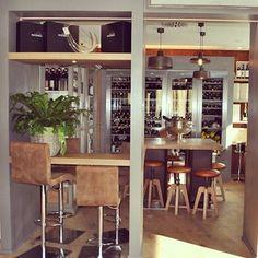 Officina collection @ Vineria Fabbri #ilfanale #lightingdesign #lovedesign #interiordesign #instadesign #madeinitaly #design #ilfanaleprojects #lignano #lignanosabbiadoro #lamp #lampdesign