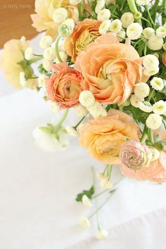 ...a vase holding a bundle of brightly-colored blooms or a bowl of fresh fruit, such as lemons or grapefruit, look so wonderful to my eye and smell so good too!