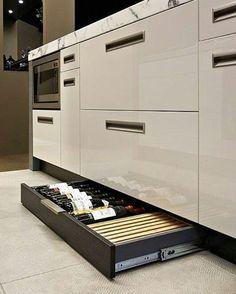 """113 curtidas, 6 comentários - Daniela Montani (@danimontani) no Instagram: """"Aquele compartimento secreto que você respeita!!  #wine #vinhos #cozinha #cozinhaplanejada…"""""""
