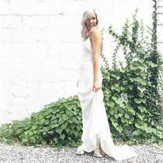 This show stopping dress is for sale on eivey.ca!! gorgeous!! free shipping in Canada. Elegant Outfit, Elegant Dresses, Bridal Shower, Canada, Free Shipping, Wedding Dresses, Instagram Posts, How To Wear, Outfits