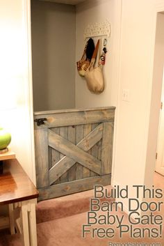 Free Plans DIY Barn Door Baby Gate or dog gate (living room to kitchen and kitchen to hallway) Baby Gate For Stairs, Barn Door Baby Gate, Baby Gates, Diy Barn Door, Pet Gate, Door Gate, Barn Doors, Stair Gate, Baby Barn