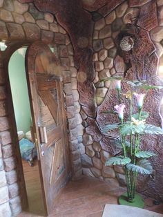 Mural Wall Art, Mural Painting, 3d Wall, Styrofoam Art, Mud Hut, Earthship Home, Home Design Living Room, Concrete Art, Fairy Houses