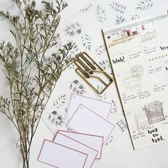 #Diy printed vellum and sticker tags.  Been making some pretty diy stationery lately - on a roll!  #tags #stationerylover #midoritravelersnotebook #travelersnotebook #traveljournal #journal #flowers #floral #vintage #washi #stickers #stamps #planner #planneraddicts #snailmail #postcross #party #artidea #flatlay