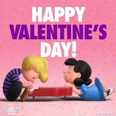 Love is in the air. Happy Valentines Day from The Peanuts Movie gang! Snoopy Valentine's Day, Snoopy Comics, Snoopy Love, Charlie Brown Valentine, Charlie Brown And Snoopy, Peanuts Movie, Peanuts Gang, Peanuts Characters, Valentines Movies