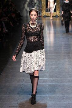 Black and White. Dolce & Gabbana RTW Fall 2012 - Milan Photo by Piero Cristaldi (WWD)