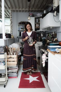 Green Hygge: come vivere Plastic Free Short Sleeve Dresses, Dresses With Sleeves, Resolutions, Hygge, Plastic, Cooking, Green, Kitchen, Vintage