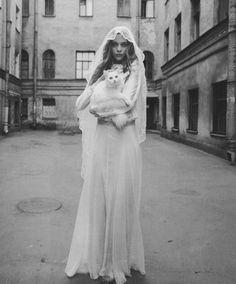 """""""White Russian"""". Kim Noorda by Yelena Yemchuk for Vogue Nippon November 2005"""
