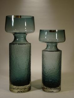 Safari vases designed by Tamara Aladin in 1972 for Riihimäen Lasi Glass Art Design, Art Of Glass, Cup Design, Colored Glass Vases, Glass Texture, Glass Ceramic, Mid Century Modern Design, Glass House, Glass Jars